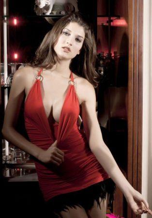Vadítóan szexy vörös party ruha