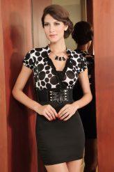 Elegáns Fekete-fehér alkalmi ruha övvel